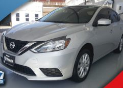 Nissan Sentra Advance 2017 Plata